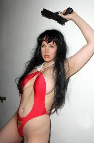 maitland-ward-nip-slip-red-thong-costume-long-beach-comic-con-02