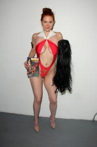maitland-ward-nip-slip-red-thong-costume-long-beach-comic-con-17