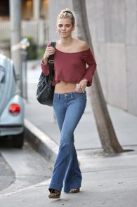 annalynne-mccord-braless-nipples-pokies-while-out-shopping-07
