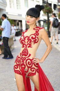 bai-ling-pantyless-and-nipples-in-see-through-outfit-08
