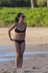 janel-parrish-wearing-a-bikini-on-the-beach-in-hawaii-07