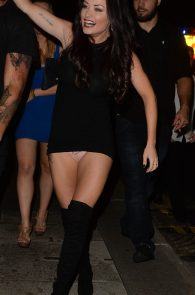jess-impiazzi-cameltoe-upskirt-while-out-in-surrey-4