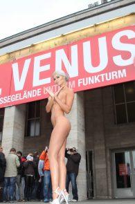 micaela-schaefer-nude-at-venus-2015-exhibition-opening-in-berlin-3