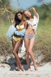 romee-strijd-victoria-s-secret-model-cameltoe-thong-bikini-in-miami-01