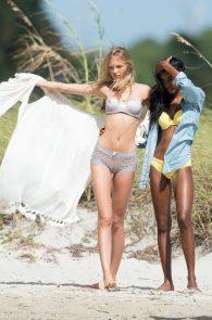 romee-strijd-victoria-s-secret-model-cameltoe-thong-bikini-in-miami-03