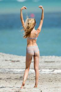 romee-strijd-victoria-s-secret-model-cameltoe-thong-bikini-in-miami-05
