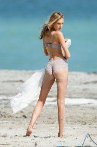 romee-strijd-victoria-s-secret-model-cameltoe-thong-bikini-in-miami-08
