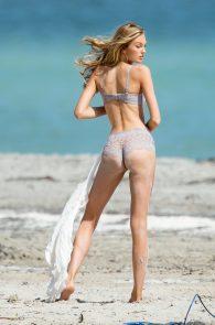 romee-strijd-victoria-s-secret-model-cameltoe-thong-bikini-in-miami-09