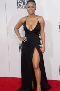 christina-milian-deep-cleavage-at-2015-american-music-awards-05