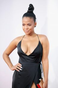christina-milian-deep-cleavage-at-2015-american-music-awards-12