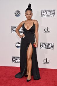 christina-milian-deep-cleavage-at-2015-american-music-awards-15