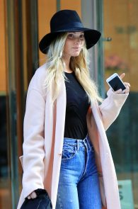 elsa-hosk-see-through-to-nipples-in-ny-07