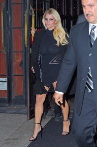 jessica-simpson-braless-see-through-to-nipples-while-out-in-town-16