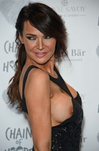 lizzie-cundy-nipple-slip-at-chain-of-hope-annual-ball-in-london-03