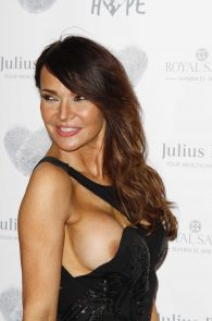 lizzie-cundy-nipple-slip-at-chain-of-hope-annual-ball-in-london-08