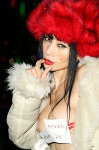 bai-ling-nipple-slip-while-heading-to-a-party-in-los-angeles-07