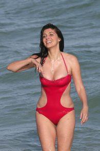 brittny-gastineau-nipple-slip-on-the-beach-in-miami-03