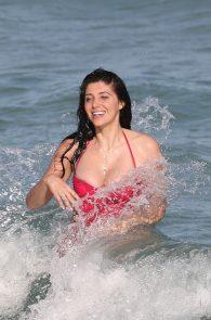 brittny-gastineau-nipple-slip-on-the-beach-in-miami-05