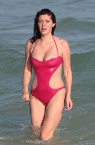 brittny-gastineau-nipple-slip-on-the-beach-in-miami-12