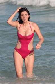 brittny-gastineau-nipple-slip-on-the-beach-in-miami-14