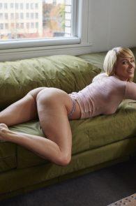 sara-underwood-nipple-pokes-thong-panties-hotel-ma-cherie-photoshoot-04