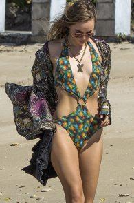 suki-immy-waterhouse-wearing-bikinis-in-barbados-16