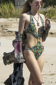 suki-immy-waterhouse-wearing-bikinis-in-barbados-21