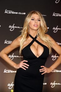 charlotte-mckinney-huge-cleavage-at-encore-players-club-03