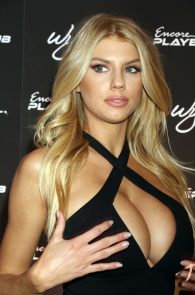 charlotte-mckinney-huge-cleavage-at-encore-players-club-08