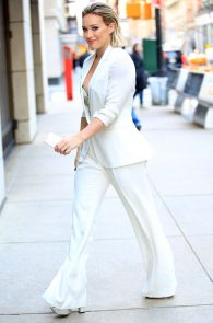 hilary-duff-nipple-slip-while-arriving-at-today-show-ny-07