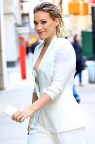 hilary-duff-nipple-slip-while-arriving-at-today-show-ny-09