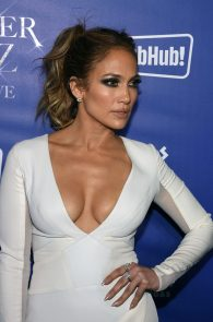 jennifer-lopez-tits-cleavage-residency-after-party-01
