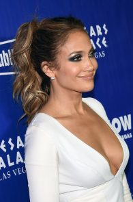 jennifer-lopez-tits-cleavage-residency-after-party-04