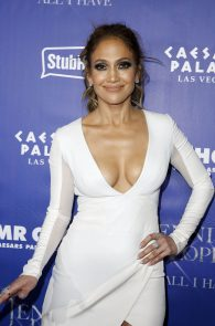 jennifer-lopez-tits-cleavage-residency-after-party-08