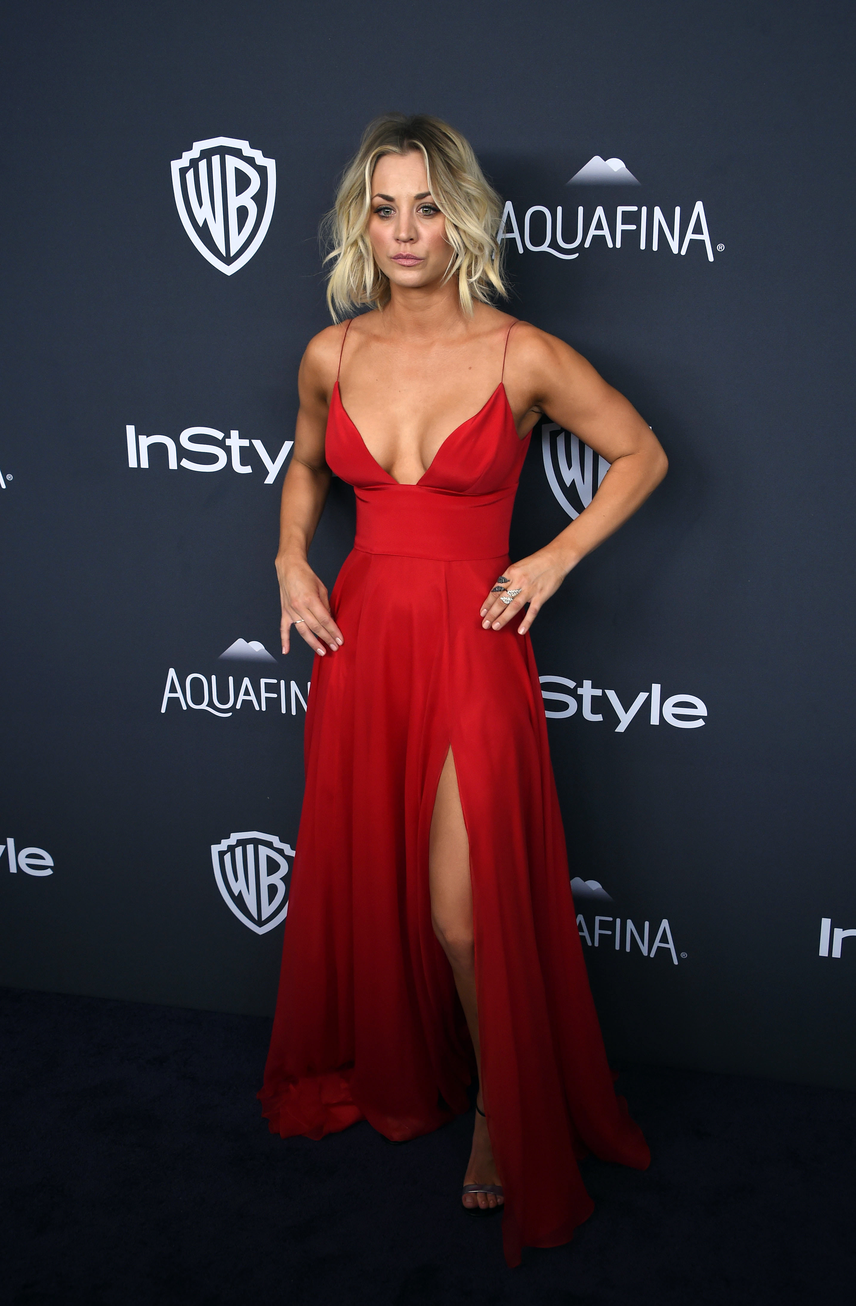 Kaley Cuoco Cleavage At Golden Globe Awards Post Party 06