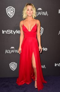 kaley-cuoco-cleavage-at-golden-globe-awards-post-party-07