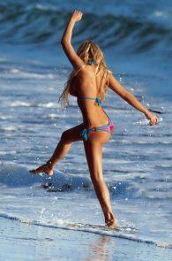 kindly-myers-nipple-pokes-cameltoe-138-water-photo-shoot-08