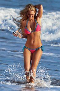 kindly-myers-nipple-pokes-cameltoe-138-water-photo-shoot-11
