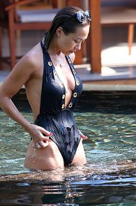 mylene-klass-wearing-a-swimsuit-in-thailand-01