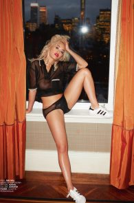 rita-ora-topless-for-lui-magazine-03