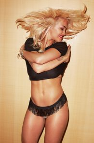 rita-ora-topless-for-lui-magazine-05