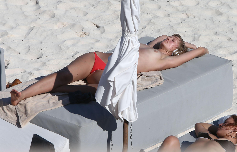 Pussy Toni Garrn nude photos 2019