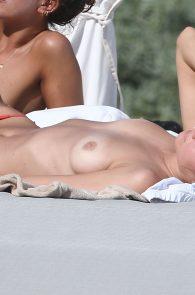 toni-garrn-topless-tulum-beach-in-mexico-17