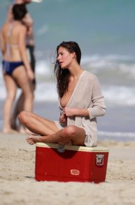 alejandra-guilmant-topless-photo-shoot-in-miami-09