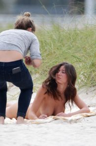 alejandra-guilmant-topless-photo-shoot-in-miami-24