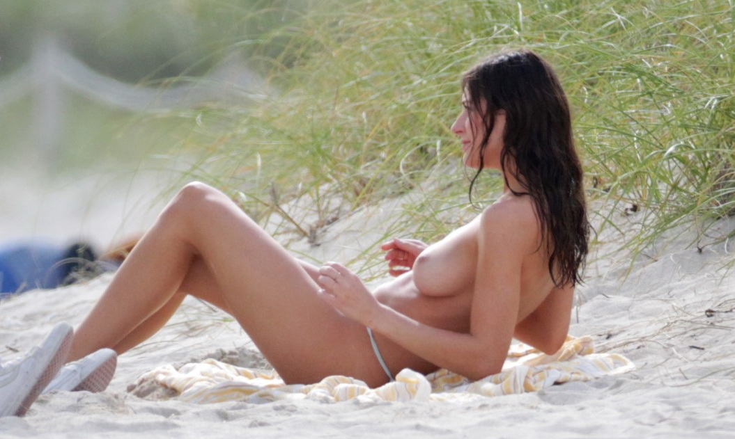 alejandra-guilmant-topless-photo-shoot-in-miami-26