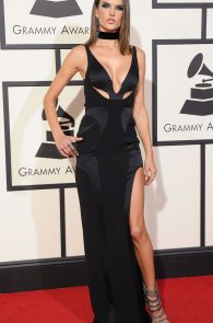 alessandra-ambrosio-cleavage-at-58th-grammy-awards-08