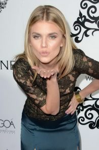 annalynne-mccord-nipple-slip-at-galerie-montaigne-opening-10