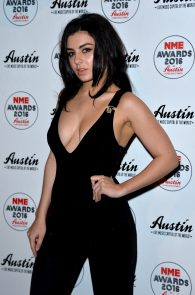 charli-xcx-cleavage-at-2016-nme-awards-in-london-12