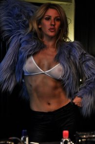 ellie-goulding-cameltoe-behind-the-scenes-photoshoot-01